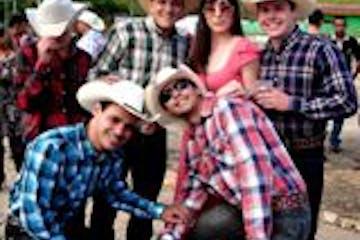 Cópia de cowboy party.JPG